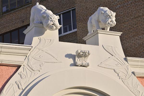 фигурки из гипса на фасад зданий